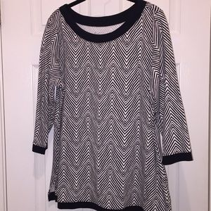 Kim Rogers Blouse. Black and white design SzXL